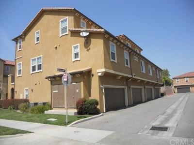 Santa Fe Springs Condo/Townhouse For Sale: 10533 Willow Lane