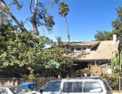 Los Angeles Multi Family Home For Sale: 639 W 43rd Street