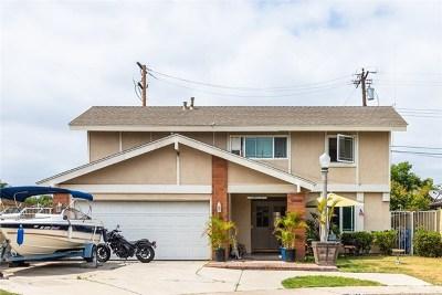 Lakewood Single Family Home For Sale: 12603 Walcroft Street