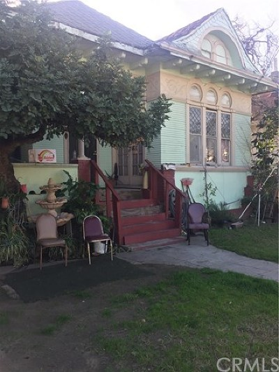 Los Angeles Multi Family Home For Sale: 1024 W 21st Street