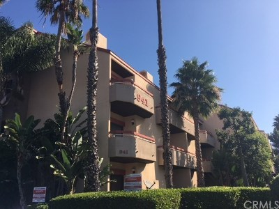 Torrance Condo/Townhouse For Sale: 941 W Carson Street #226
