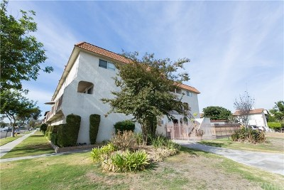 Los Alamitos Condo/Townhouse For Sale: 10843 Chestnut Street #2