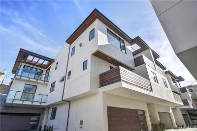 Hermosa Beach Condo/Townhouse For Sale: 1832 Pacific Coast Highway