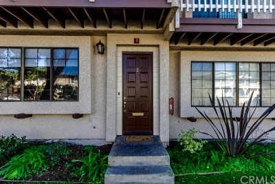 Los Angeles County Condo/Townhouse For Sale: 416 Avenue G Avenue #2