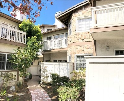 Torrance Condo/Townhouse For Sale: 1704 Elm Avenue #23