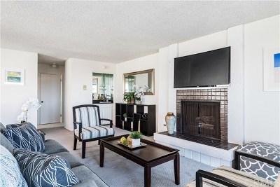 Manhattan Beach Condo/Townhouse For Sale: 748 Manhattan Beach Boulevard #A