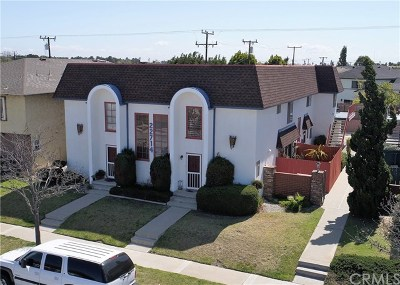 Los Angeles County Multi Family Home For Sale: 22714 Maple Avenue