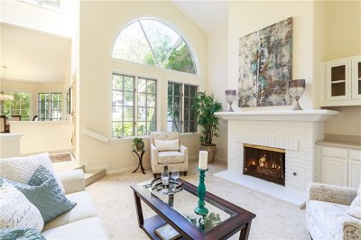 Manhattan Beach Condo/Townhouse For Sale: 11 Evergreen Lane