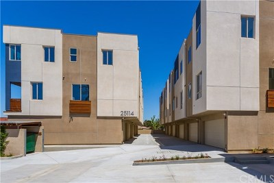 Lomita Condo/Townhouse For Sale: 25114 Narbonne Avenue #D