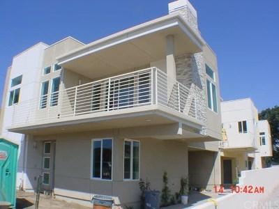 Redondo Beach Condo/Townhouse For Sale: 2519 Rockefeller Lane #B