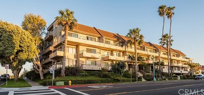 Redondo Beach Condo/Townhouse For Sale: 700 Esplanade #33