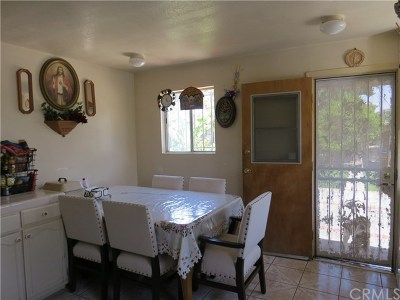 Los Angeles Single Family Home For Sale: 1147 W 99th Street