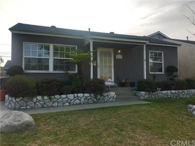 Lakewood Single Family Home Active Under Contract: 5429 Hayter Avenue