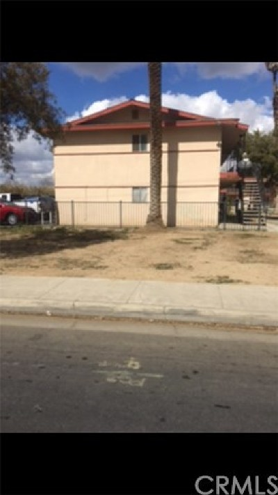 Bakersfield Multi Family Home For Sale: 900 Terrace Way