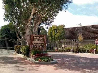 Rancho Palos Verdes Condo/Townhouse For Sale: 6526 Ocean Crest Drive #A110