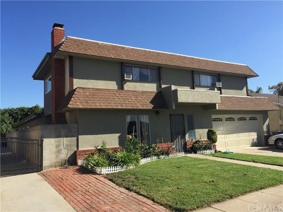 Gardena Multi Family Home For Sale: 1513 W 162nd Street