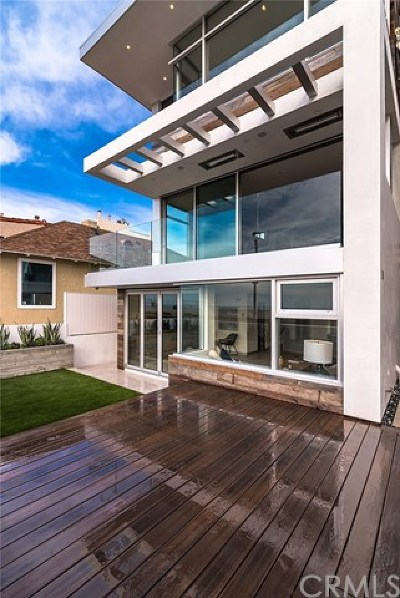 Hermosa Beach Single Family Home For Sale: 58 The Strand