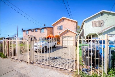 Los Angeles Single Family Home For Sale: 10711 Wilmington Avenue