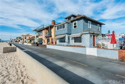 Hermosa Beach Multi Family Home For Sale: 44 The Strand