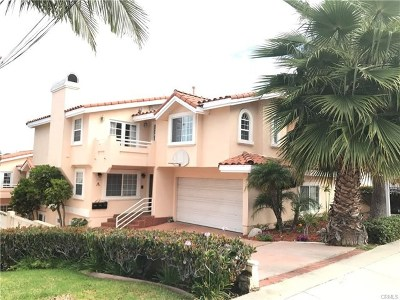 Redondo Beach Condo/Townhouse For Sale: 1929 Voorhees Avenue #A