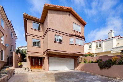 Redondo Beach Condo/Townhouse For Sale: 2209 Marshallfield Lane #B