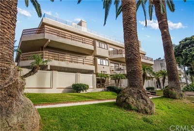 Redondo Beach Condo/Townhouse For Sale: 512 Esplanade #402