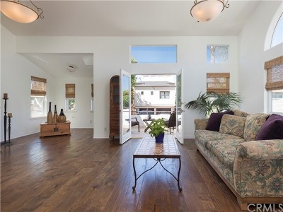 Hermosa Beach Single Family Home For Sale: 530 Loma Drive