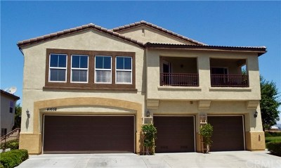 Murrieta Condo/Townhouse For Sale: 41658 Cape Ridge Avenue #3