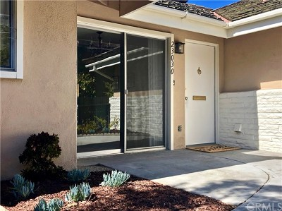 Torrance, Redondo Beach, Rolling Hills Estates, Rancho Palos Verdes, Lomita Condo/Townhouse For Sale: 23030 Nadine Circle