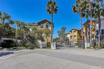 Torrance Condo/Townhouse For Sale: 23421 S Vermont Avenue #E