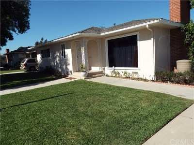 Long Beach Single Family Home For Sale: 1101 E 45th Way