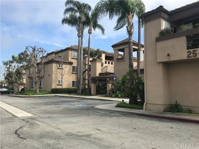 Torrance Condo/Townhouse Active Under Contract: 21415 S Vermont Avenue #14