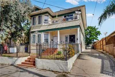 San Pedro Multi Family Home Active Under Contract: 252 W 11th Street