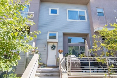 Carson Condo/Townhouse For Sale: 678 Colorado Circle