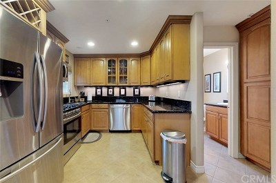 Torrance Condo/Townhouse Active Under Contract: 1514 W 207th Street #C