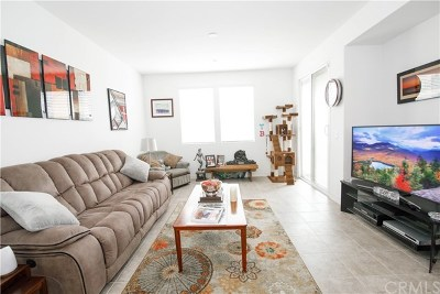 South El Monte Condo/Townhouse For Sale: 11 Weiss Drive