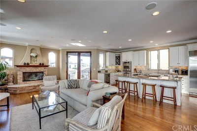 Manhattan Beach Condo/Townhouse For Sale: 813 Crest Drive