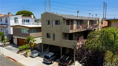 Hermosa Beach Multi Family Home For Sale: 600 1st Street