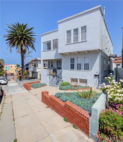 Los Angeles County Single Family Home For Sale: 223 24th Street