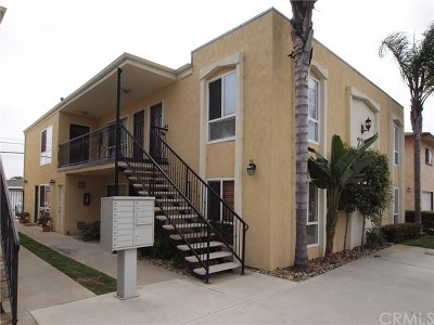 Imperial Beach Condo/Townhouse For Sale: 239 Ebony Avenue #6