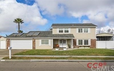 Santa Maria Single Family Home Active Under Contract: 781 Foxenwood Drive
