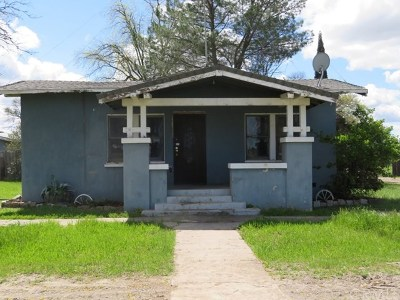 Orland Single Family Home Active Under Contract: 1068 E Walker Street