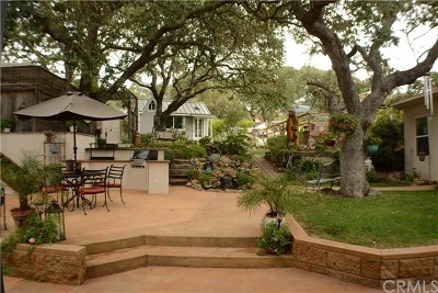 Atascadero Single Family Home Active Under Contract: 9155 Curbaril Avenue