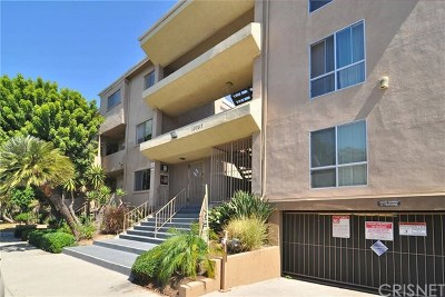 North Hollywood Condo/Townhouse For Sale: 10757 Hortense Street #114