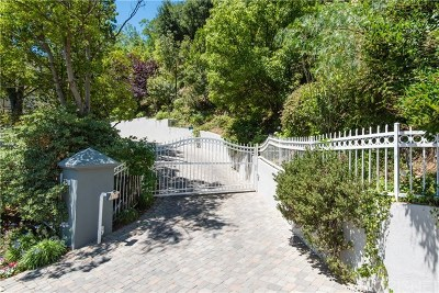 Hollywood Hills Single Family Home For Sale: 7718 Skyhill Drive