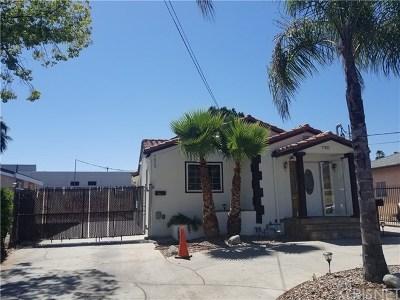 Sun Valley Multi Family Home For Sale: 7921 Ledge Avenue