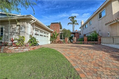 Manhattan Beach Single Family Home For Sale: 912 N Rowell Avenue