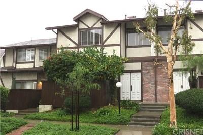 Sunland Condo/Townhouse Active Under Contract: 10480 Sunland Boulevard #7