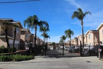 Panorama City Condo/Townhouse For Sale: 9209 Cedros Avenue #B