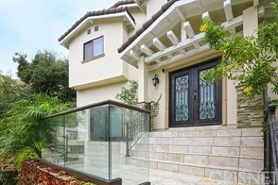 Los Angeles Single Family Home For Sale: 8150 Willow Glen